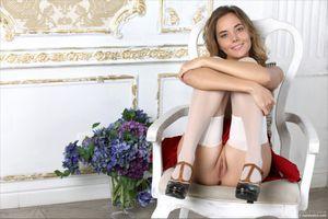 Бесплатные фото Mango A,Katya Clover,красотка,голая,голая девушка,обнаженная девушка,позы