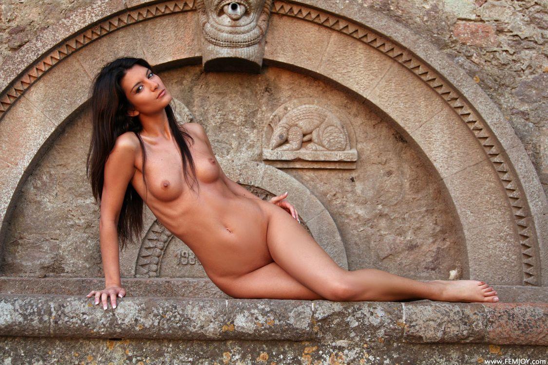 Фото бесплатно Amandine, Французская штучка, эротика, голая девушка, обнаженная девушка, позы, поза, сексуальная девушка, Nude, Solo, Posing, Erotic, фотосессия, sexy, cute, эротика