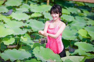 Фото бесплатно азиатка, модель, цветы