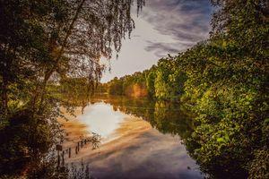 Фото бесплатно озеро, закат, лес, деревья, отражение, природа, пейзаж