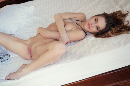 Karissa Diamond обнаженная девушка
