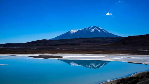 Фото бесплатно гора, отражение, снег