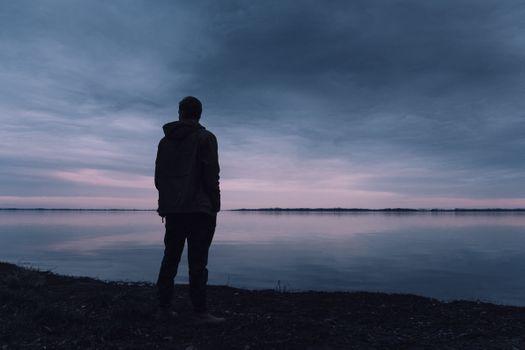 Заставки воздух,мальчик,эпопея,фокус,свобода,свежий,идиллический,одинокий,человек,природа,на открытом воздухе,грустный