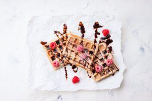 Заставки ягоды, шоколад, вафли
