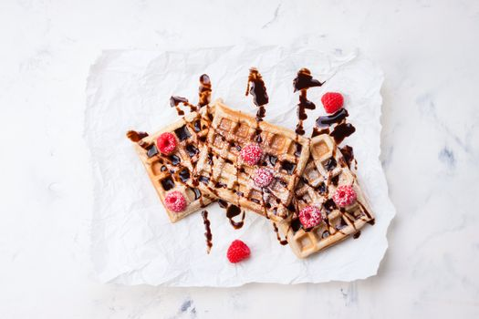 Фото бесплатно ягоды, шоколад, вафли
