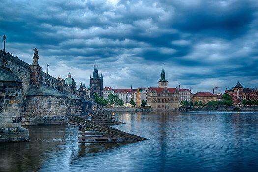 Заставки Прага,Чехия,Prague,Czech Republic,Карлов мост,Река Влтава,город,дома,мосты