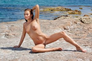 Photo free model, Nude, Michaela Isizzu