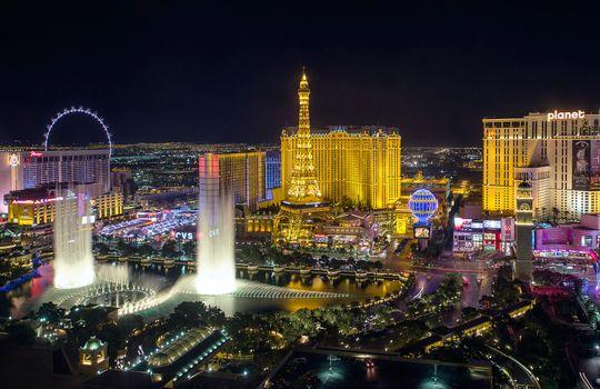 Бесплатные фото Las Vegas,США,штат Невада,Лас-Вегас,ночь,огни,дома,иллюминация,Лас Вегас,город,ночные города