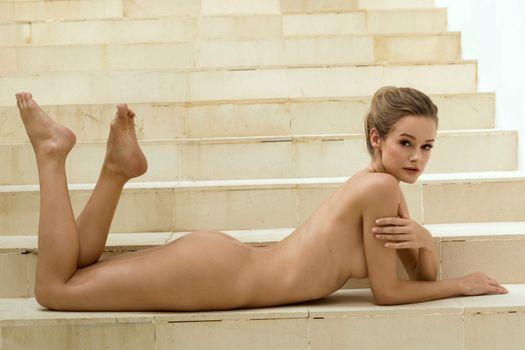 Фото бесплатно Оливия Престон, грязные блондинка, на открытом воздухе