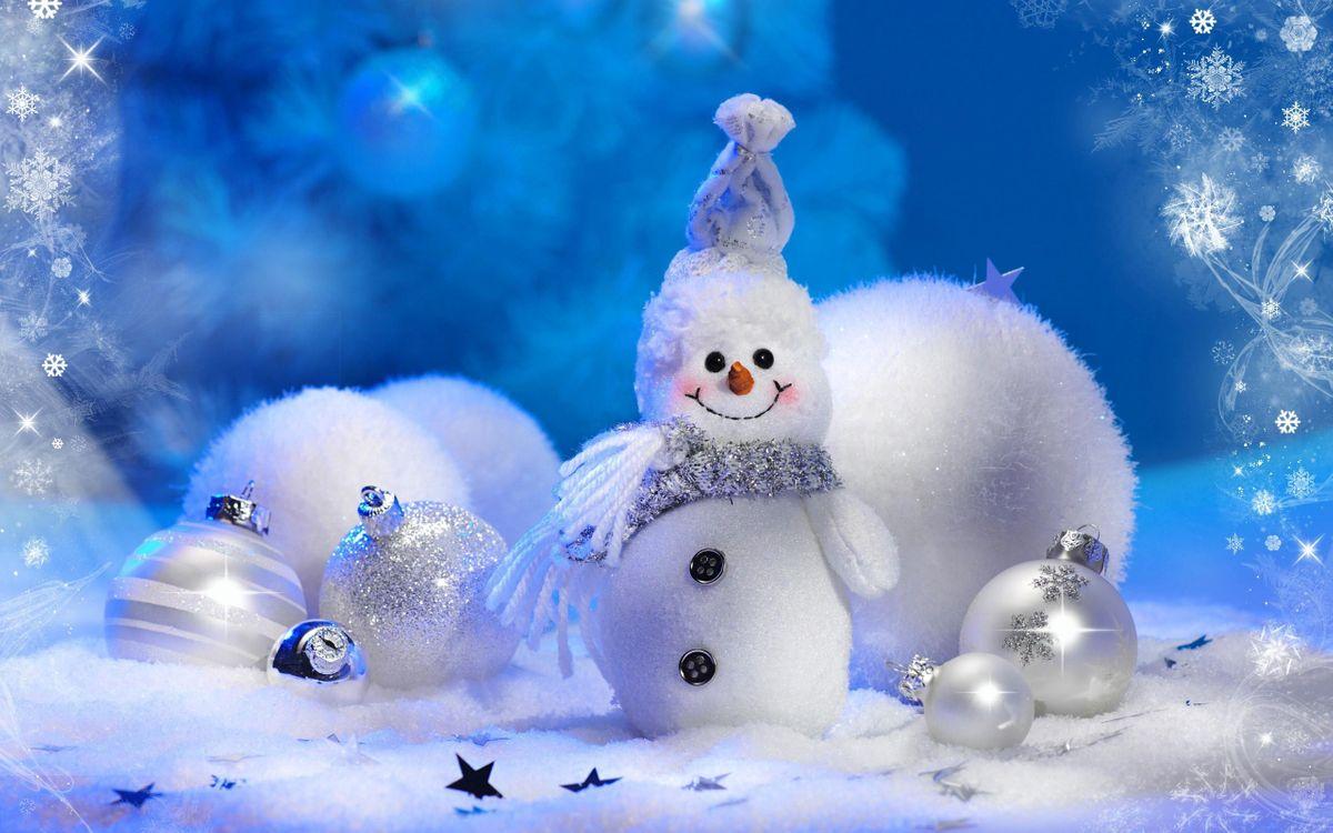 Фото бесплатно Рождество, снеговик, новогодние игрушки - на рабочий стол