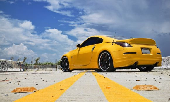 Photo free nissan 370z, yellow, at the training ground