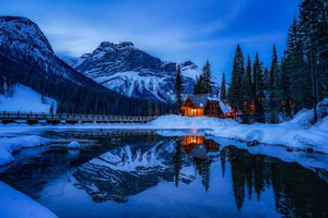 Фото бесплатно Emerald Lake, Yoho National Park, Canada