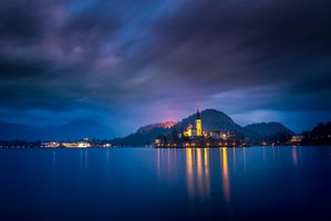 Бесплатные фото Озеро Блед,Словения,Bled,Церковь на острове,церковь Успения Девы Марии,Бледское озеро,сумерки