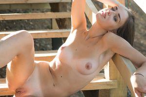 Бесплатные фото Oxana Chic,красотка,голая,голая девушка,обнаженная девушка,позы,поза