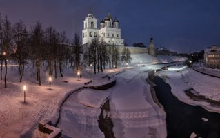 Бесплатные фото Pskov,Russia,architecture,river,church,lights,winter