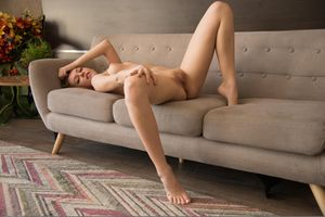 Фото бесплатно Candy Red, красотка, голая, голая девушка, обнаженная девушка, позы, поза, сексуальная девушка, эротика, Nude, Solo, Posing, Erotic, фотосессия, sexy, cute, petite, young, goddess, pussy, beauty, сексуальная, молодая, богиня, киска, красотки, модель