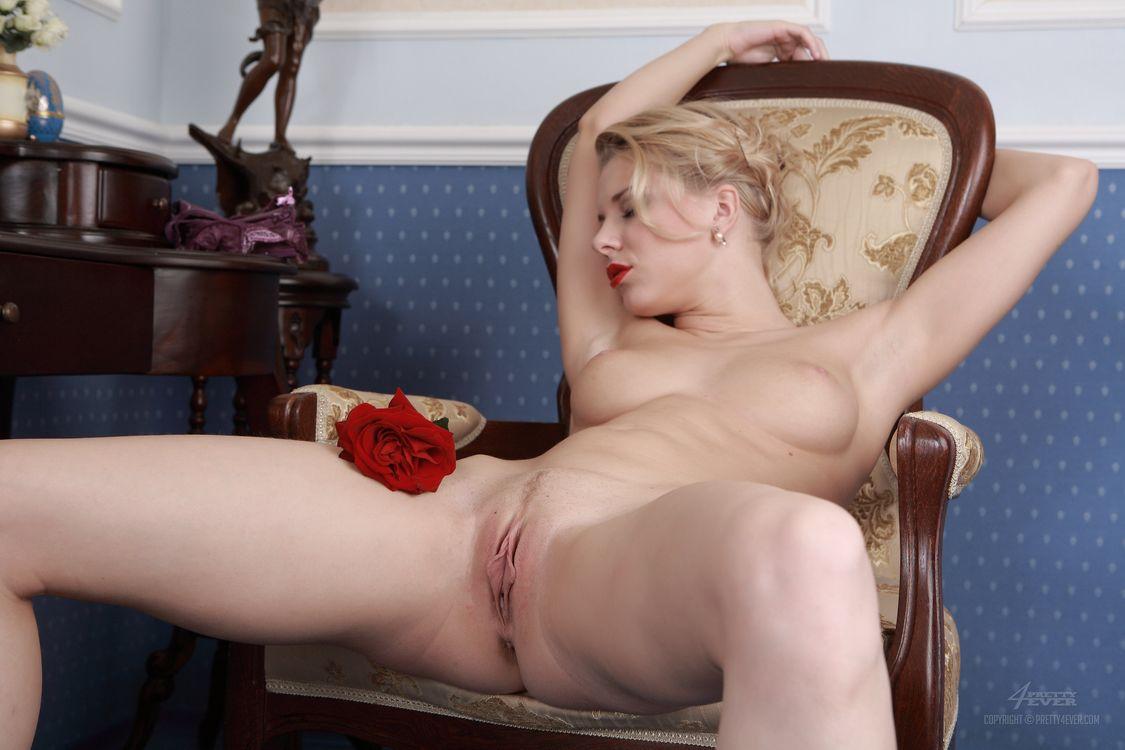 Фото бесплатно Sabrina, красотка, голая, голая девушка, обнаженная девушка, позы, поза, сексуальная девушка, эротика, Nude, Solo, Posing, Erotic, фотосессия, sexy, эротика