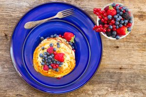 Photo free a spoon, pancakes, berries