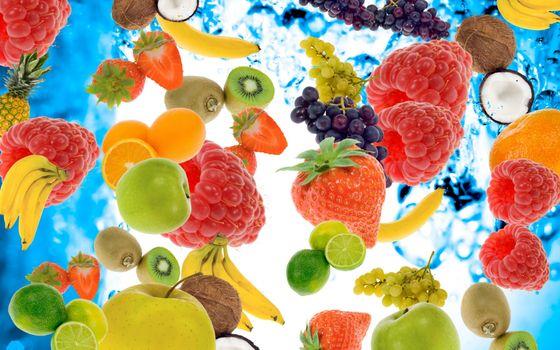 Photo free apple, bananas, berries