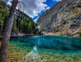 Фото бесплатно Grassi Lakes, Canmore, Alberta