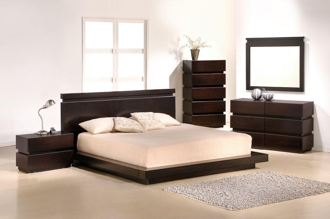 Фото бесплатно спальня, комната, зеркало, мебель, кровать, интерьер