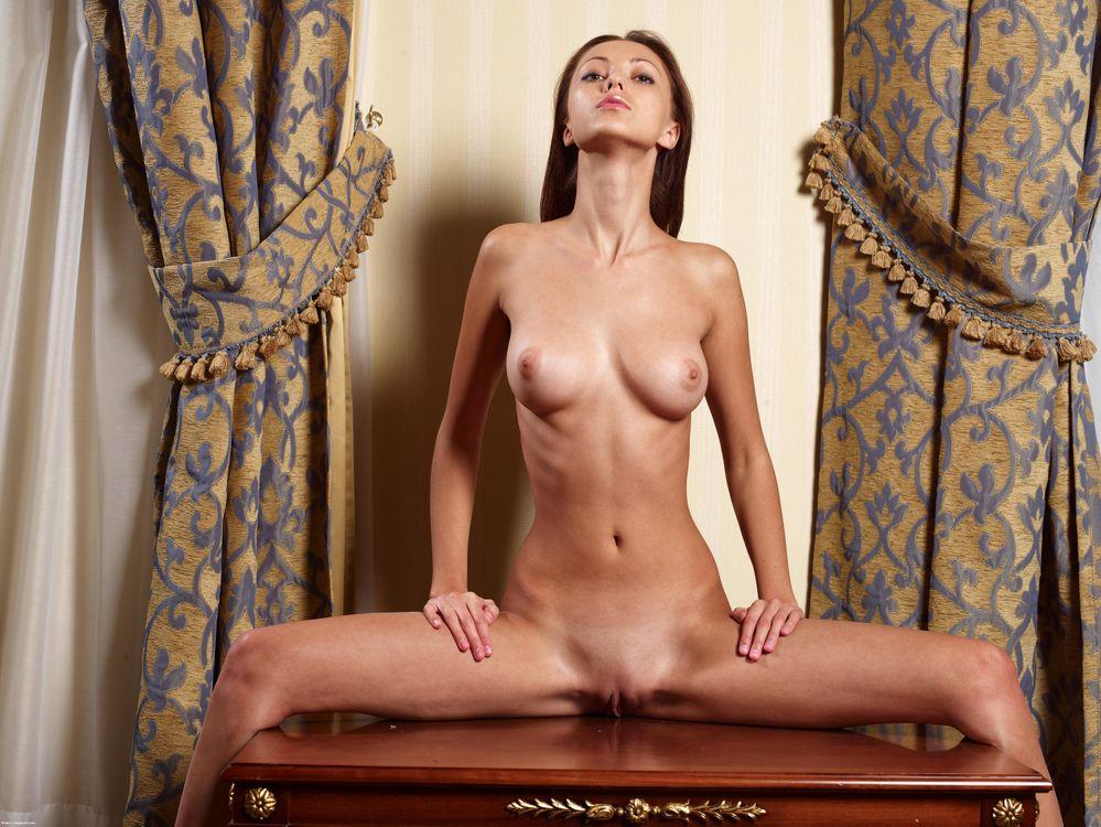 Фото бесплатно Анна Сбитная, Anna S, Anna AJ, Anna Sbitna, красотка, голая, голая девушка, обнаженная девушка, позы, поза, сексуальная девушка, модель, эротика, Nude, Solo, эротика