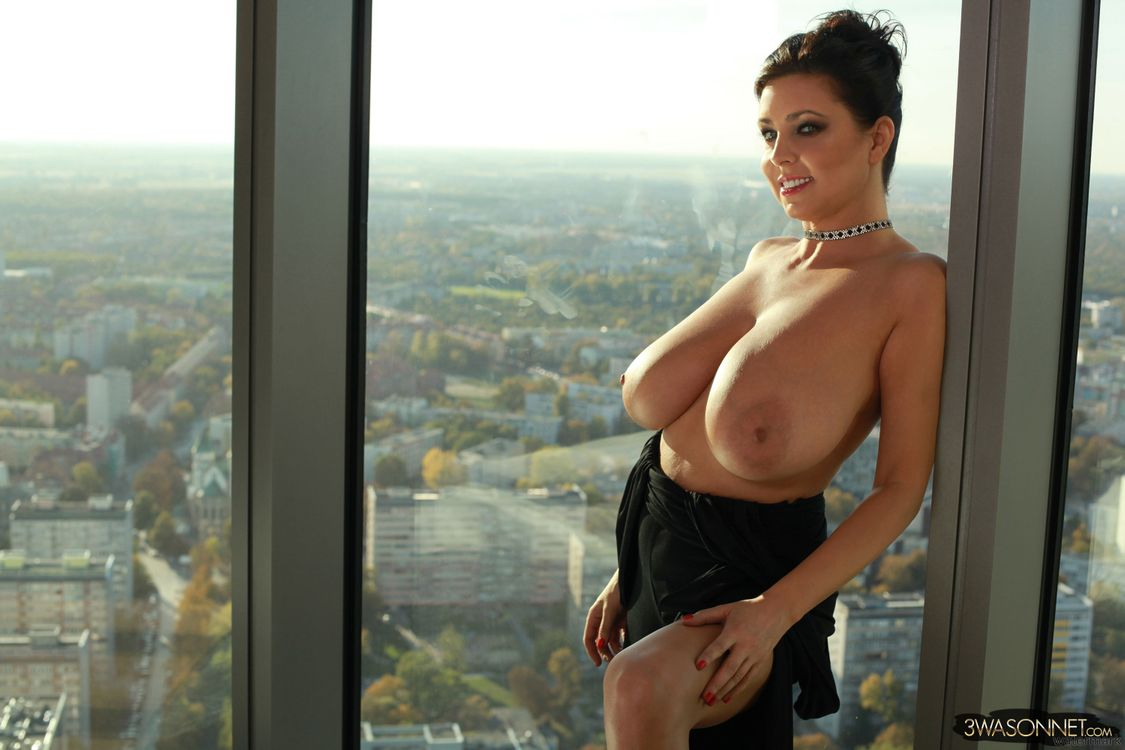 Free photo ewa sonnet, brunette, tits - to desktop