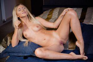 Бесплатные фото Lisa Dawn,красотка,голая,голая девушка,обнаженная девушка,позы,поза