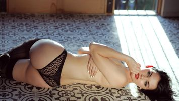 Photo free black hair, laying, suicide girls