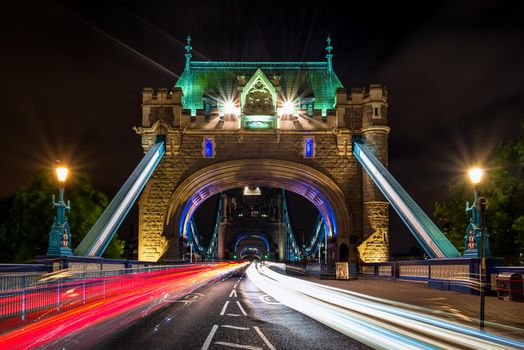 Photo free Tower bridge, London, night