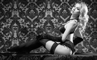 Бесплатные фото чулки,белье,красотка,секси,большие сиськи