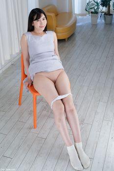 Фото бесплатно Rinne Mitsuoka, Милая японка, под юбкой