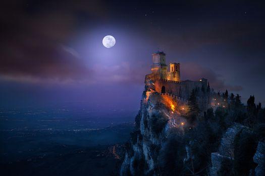 Заставки Monte Titano, San Marino, Чарующая Земля