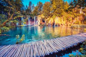 Photo free bridge, national Park Plitvice lakes, waterfall
