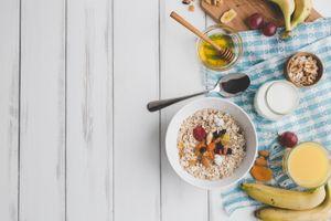 Бесплатные фото мёд,йогурт,овсянка,завтрак