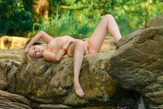 Бесплатные фото cali,sandra,блондинка,горячая,модель,сексуальность,голая,киска,бритая киска,сиськи,маленькие сиськи,привет-q