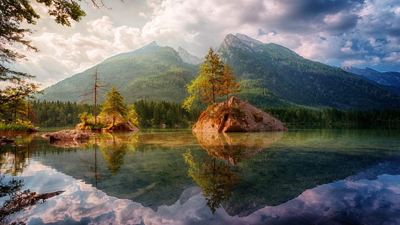 Фото бесплатно Hintersee, скалы, островки, озеро, облака, сельская местность, отражение, Bavaria, горы, деревья, пейзаж, bergsee, берхтесгаден, пейзажи