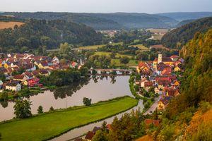 Заставки Kallmuenz,Германия,река,поля,мост,дома,г7ород