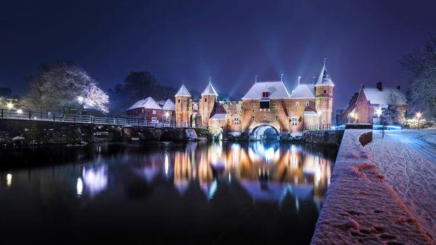 Photo free Amersfoort, the Netherlands, Koppelpoort in the snow