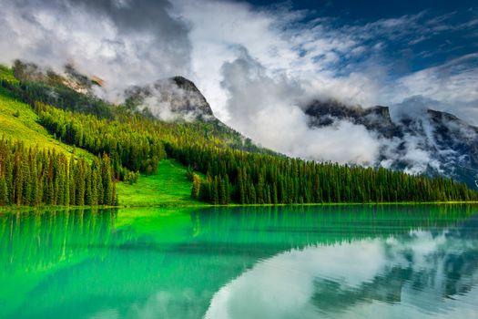 Фото бесплатно Emerald Lake, Yoho National Park, Canada