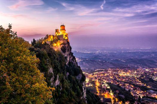 Заставки Монте-Титано, на Огненной Земле, крепость