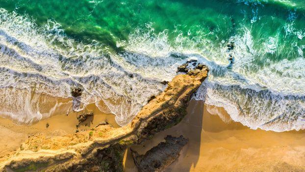 Фото бесплатно волны, гул ветра, скалы