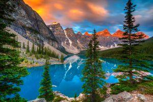 Фото бесплатно Lake Moraine, Canada, Озеро Морейн