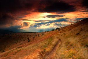 Фото бесплатно осень, холмы, пейзаж, горы, закат, тропа