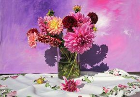 Заставки стол, ваза, флора