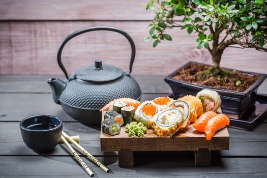 Photo free sushi, Japanese food, tea pot