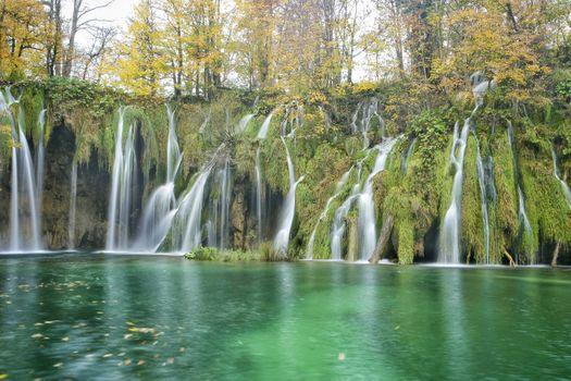 Beautiful pictures of the waterfall, plitvice lakes national park free download