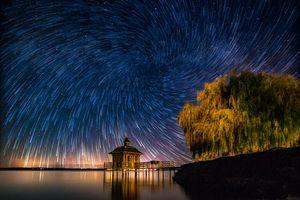 Бесплатные фото Звездный вихрь в,Chez-le-Bartа,Швейцария,ночь,море,свечение,мостик