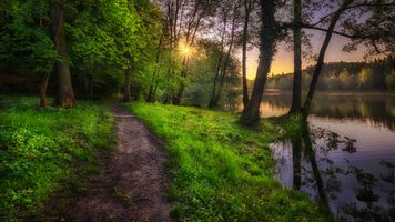 Фото бесплатно озеро, закат солнца, тропинка