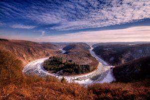 Изгиб реки Саар осенний пейзаж